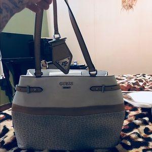 Guess purse 👜